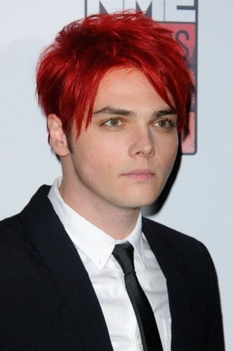 My Chemical Romance wallpaper containing a business suit and a suit called Gerard Way