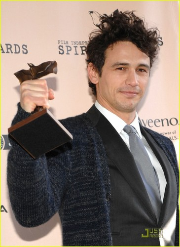 James Franco - Spirit Awards 2011 Winner! - james-franco Photo
