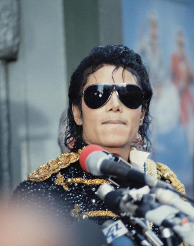 MJ!!!!!!!!!!!!!!!