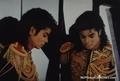 Michael <3 <3 LOVE YOU - michael-jackson photo