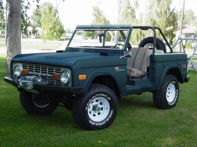 66 77 Ford Bronco http://www.fanpop.com/clubs/ford-bronco/images/19694947/title/dads-early-66-77-bronco-photo