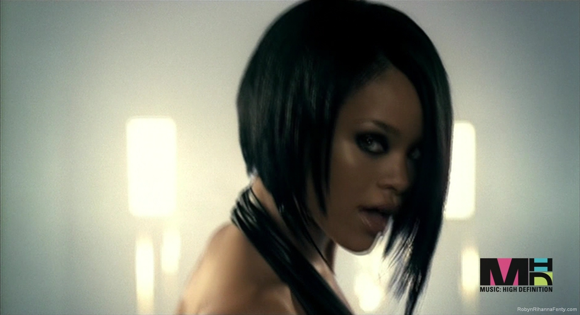 rihanna videos youtube free video