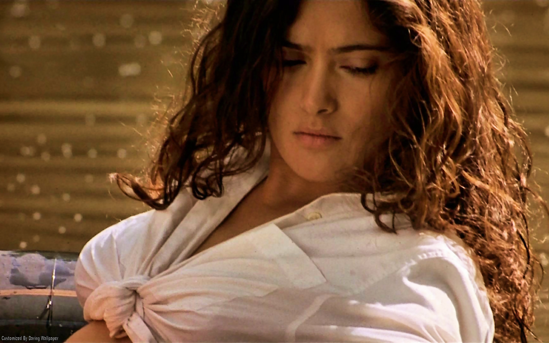 Salma hayek nude wallpapers