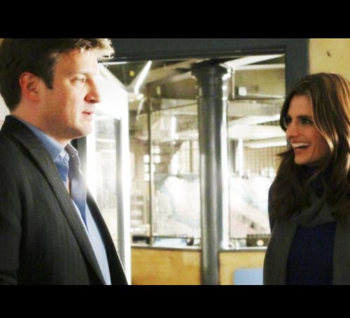 Nathan fillion and stana katic behind the scenes - photo#5
