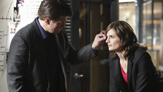 Nathan fillion and stana katic behind the scenes - photo#1