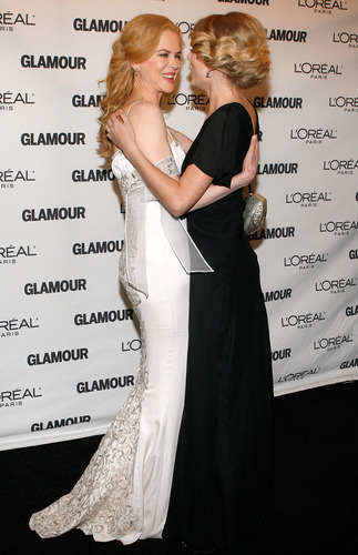 Taylor at the 19th Annual Glamour Women of the tahun