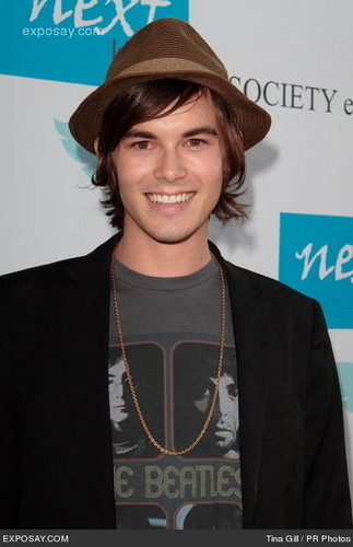 caleb pretty little liars