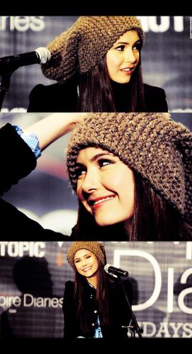 elena . ♥