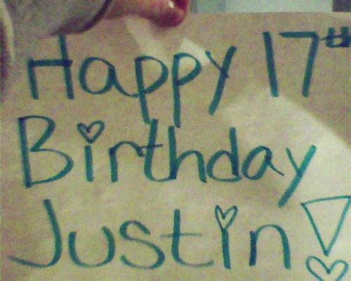 1 of Justin's devoted mashabiki , inaonyesha him support for his 17th bday(: