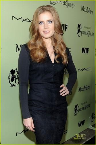 Amy Adams: Pre-Oscar Party Person!