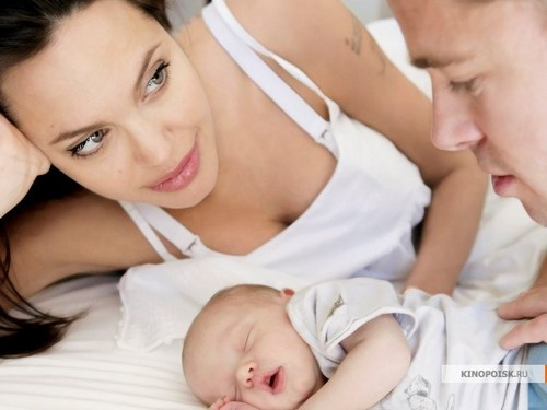 Angelina Jolie wallpaper probably with a neonate entitled Angelina Jolie