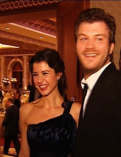 ASK-I MEMNU wallpaper containing a dinner dress called Beren Saat & Kivanc Tatlitug