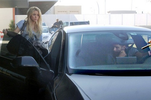 Gerard Piqué not rule out marrying Shakira