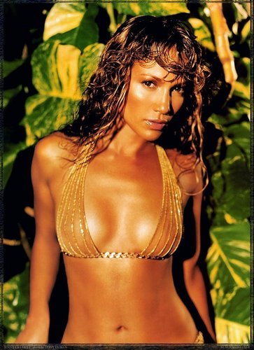 Jennifer Lopez Hintergrund with a bikini entitled Jennifer Lopez