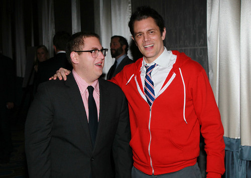 Johnny Knoxville & Jonah bukit, hill @ Venice Family Clinic Silver lingkaran Gala 2011