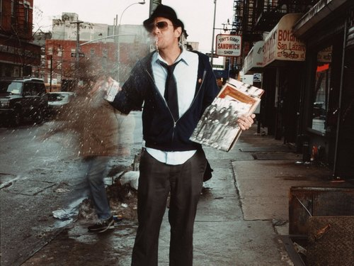 Johnny Knoxville 바탕화면 with a business suit, a street, and a well dressed person titled Johnny Knoxville