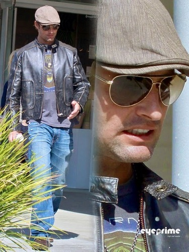 Josh Holloway spotted leaving his Agents Office in Beverly Hills, Feb 22
