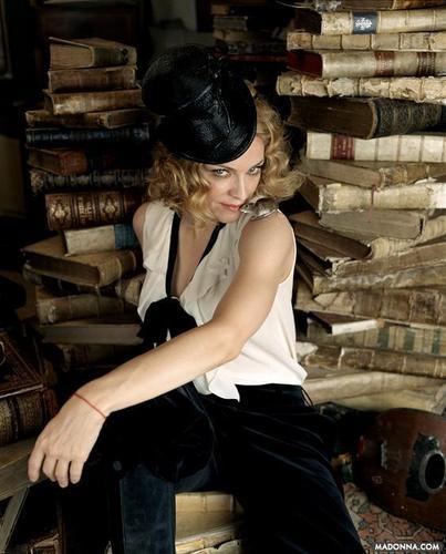 "Madonna ""Ladies accueil Journal"" Photoshoot"