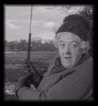 "Margaret Rutherford as Miss Marple in ""MURDER SHE کہا . . . """