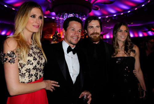 Mark Wahlberg Обои with a bridesmaid called Mark Wahlberg