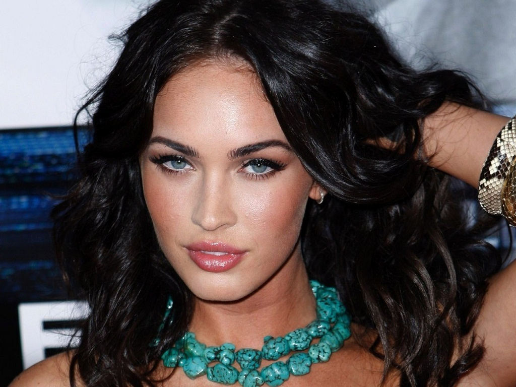 Megan Fox - Images Gallery
