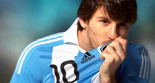 Messi:new outfit for Arg national team