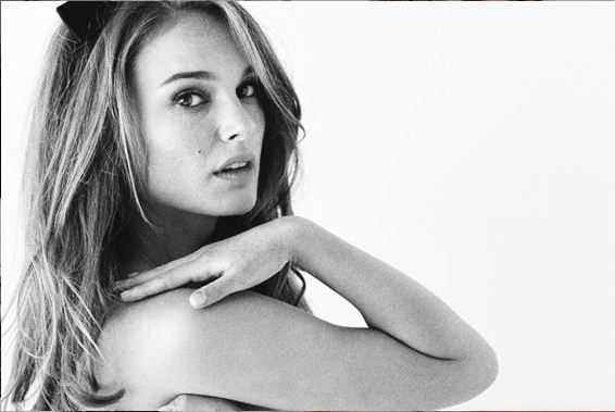 ID Atenea  Miss-Dior-natalie-portman-19781226-566-379