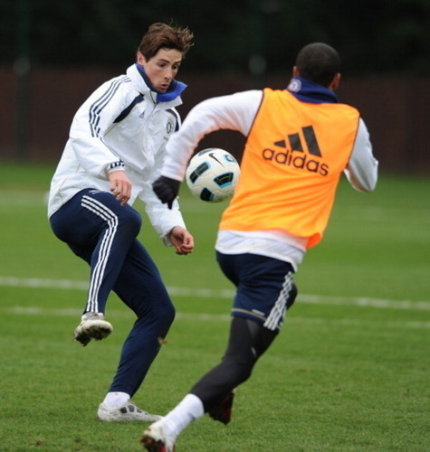 Nando - Chelsea Training