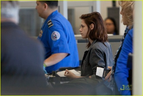New photos of Kristen in L.A