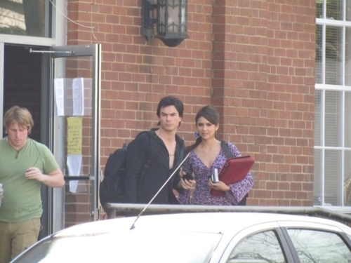 Nian and a possible DE scene in 2x18?