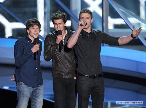 September 12th: MTV VMA ipakita