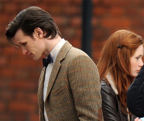 Matt Smith & Karen Gillan wallpaper containing a business suit called Series 6 filming 2/3/11