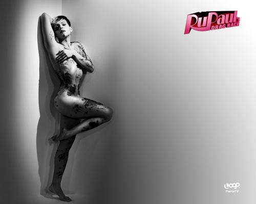Yara Sofia - Nude