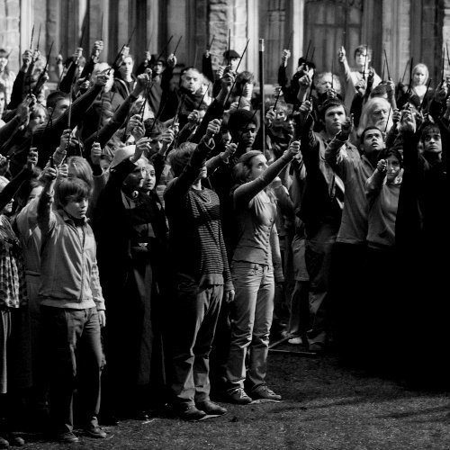 put your wands in the air :D
