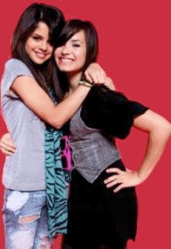 selena and demi nice :)