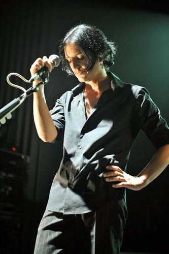 Brian Molko wallpaper possibly containing a konser titled Bri:*