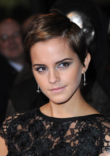 Emma Watson (HP7) Premier pt9