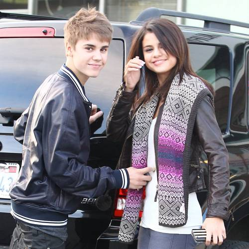 March 1 - Shopping In Los Angeles With Justin Bieber,2011 - selena-gomez Photo