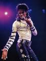 Michael Jackson K!ng 0f p0p - michael-jackson photo