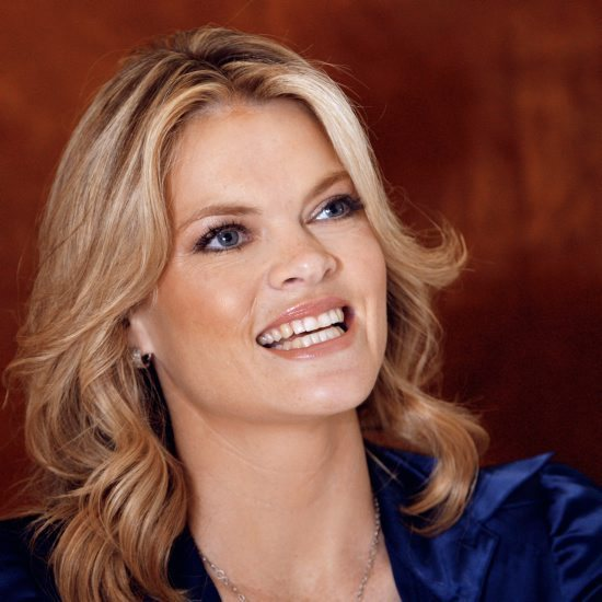 Fran from Dodgeball is actually a gorgeous woman in real