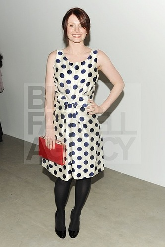 еще New фото of Bryce attending the GAGOSIAN Gallery Opening