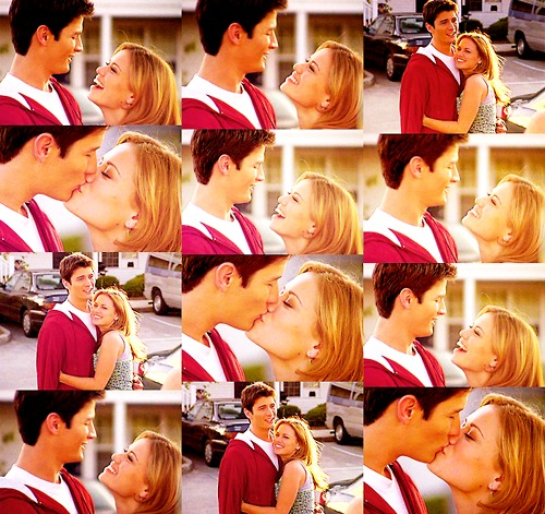 Naley wallpaper titled Nathan & Haley <3