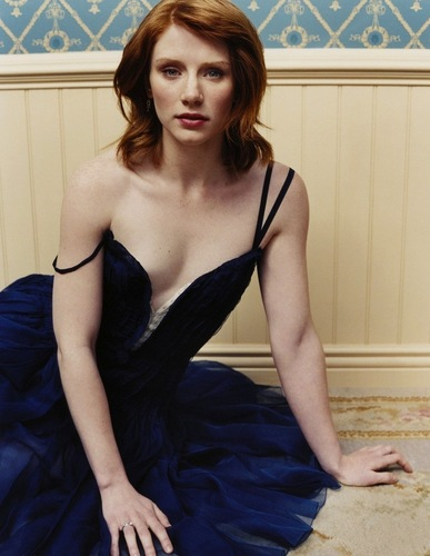 Old Outtake of Bryce D Howard سے طرف کی Vanity Fair