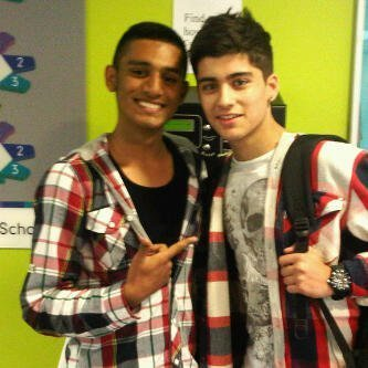 Sizzling Hot Zayn Wiv A M8 (Tong High School) I Ave Enternal upendo 4 Zayn & Always Will 100% Real x