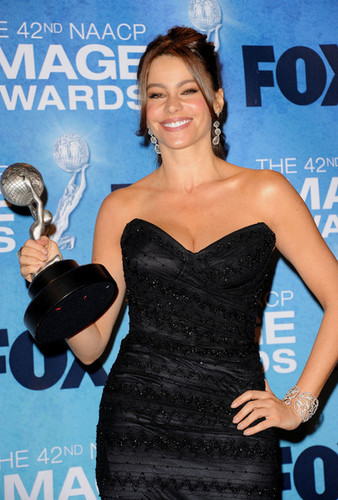 Sofia @ the The 42nd Annual NAACP Image Awards 2011