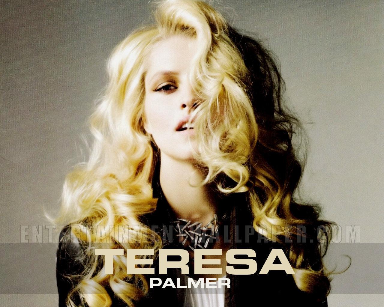 Teresa Palmer - Teresa...
