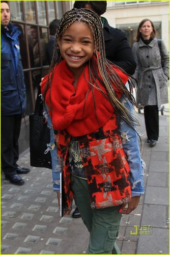 Willow Smith: BBC Radio 1 Visit!