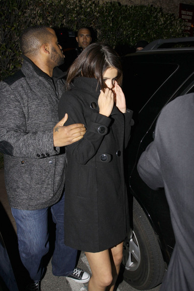 selena and justin at maggiano,the grove march1