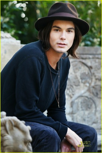 Hanna & Caleb 壁紙 entitled tyler blackburn aka caleb