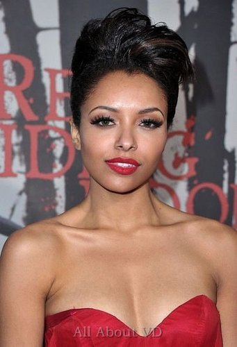 Kat Graham at Red Riding hood Premiere [07.03.11]